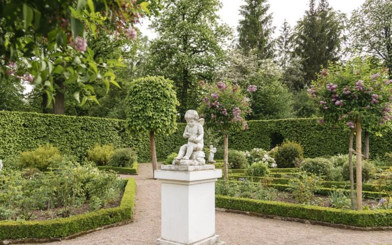 Schloss und Park Belvedere bei Weimar