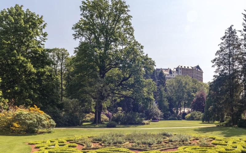 Fürstlich Greizer Park, Blick auf das Obere Schloss