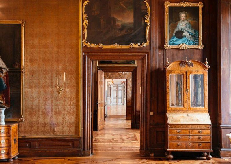 Gotha, Schloss Friedenstein, Audienzgemach der Herzogin, 2. OG, Nordflügel, Hochformat