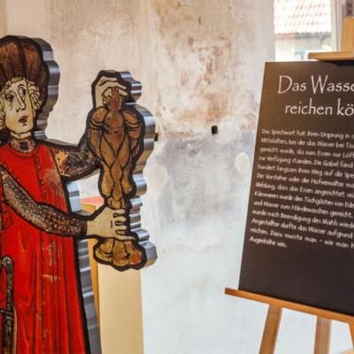 """""""Steinreich oder auf den Hund gekommen? Redewendungen des Mittelalters?"""""""